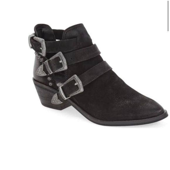 5a4fae2f48 Dolce Vita Shoes - Dolce vita black spur buckle strap booties